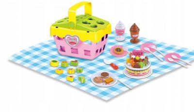 Vaikiškas iškylų krepšys su tortu